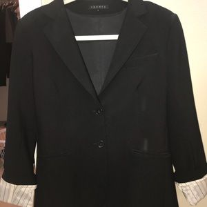 Theory women's fitted blazer. 10